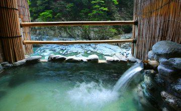 【晩秋から冬の貸切露天】オススメ♪祖谷温泉の貸切露天風呂♪家族でもカップルでも♪
